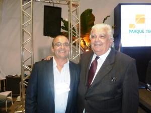À esquerda, Srº Carlos Leandro, Diretor da Ambipetro e o Exmo. Ministro de Ciência e Tecnologia, Marco Antonio Raupp