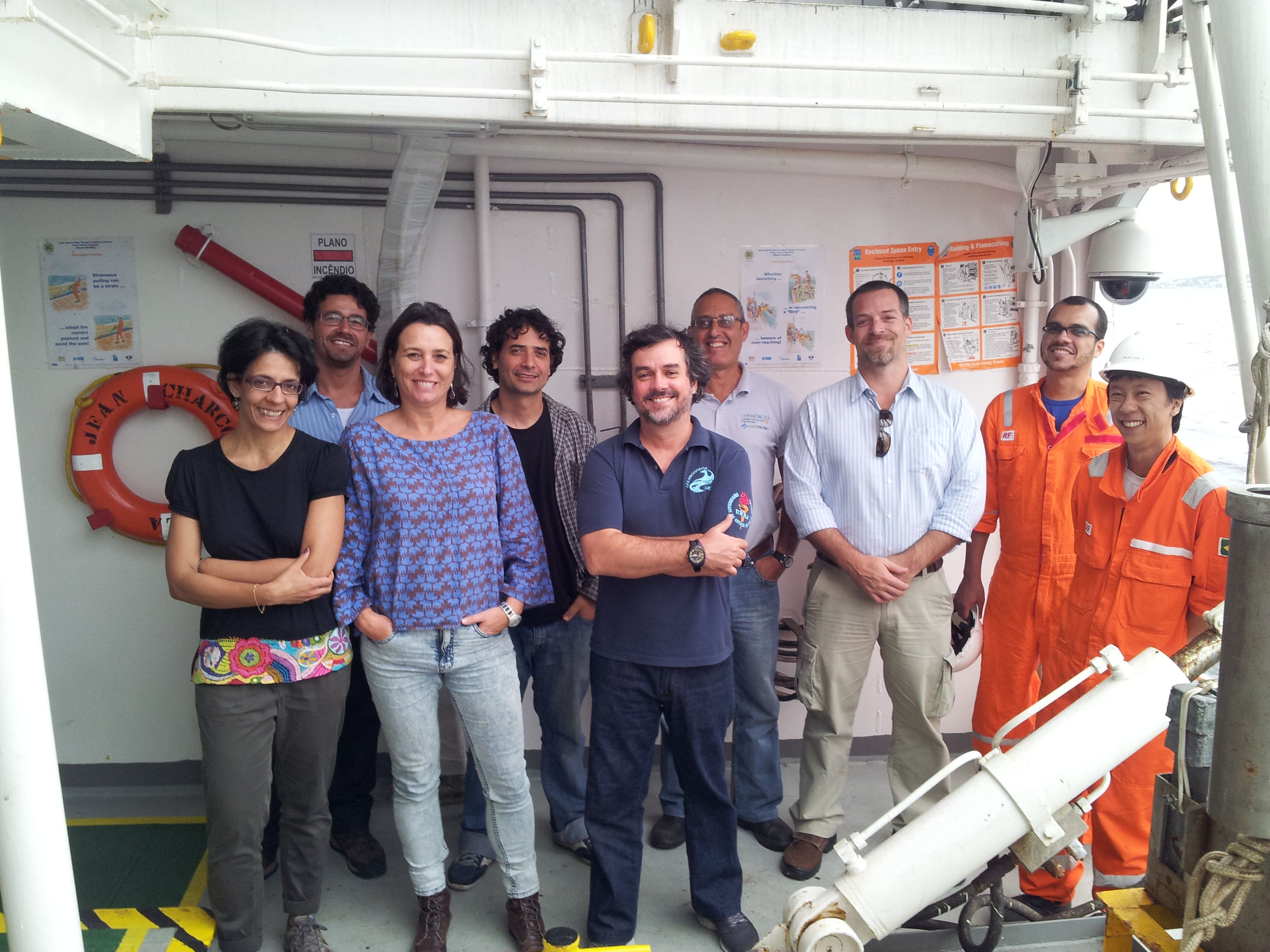 Visita dos professores da Faculdade de Oceanografia da UERJ ao Navio Jean Charcot